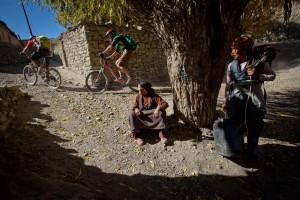 Causing a spectacle, mountain biking in Nepal!