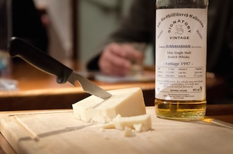 Fine Scottish whisky paired with local cheese