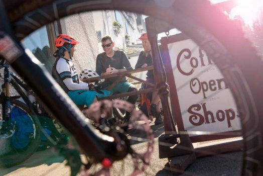 A coffee break on our mountain bike tour Cairngorms
