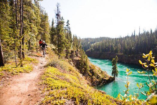 Mountain biking the Yukon River on our mountain bike tour Yukon