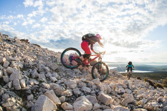 Rocky descent Krk Island, mountain bike tour Croatia