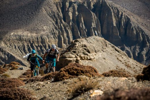 Mountain bike tour Nepal - pushing through the last climbs