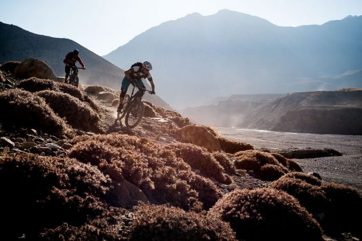 Mountain bike tour Nepal - sunny descents