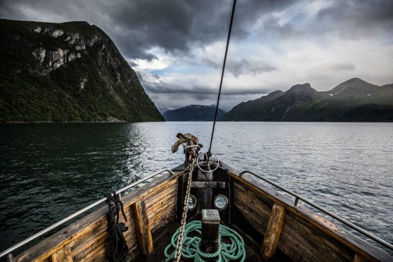 Mountain bike tour Norway - view from the bow