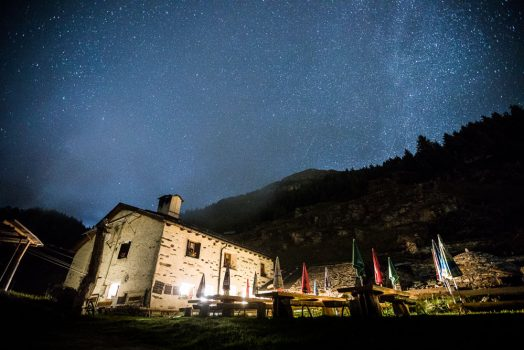Thousands of stars in the night sky above San Remerio, one of our accommodations on our mountain bike tour Switzerland