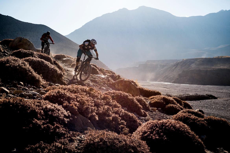 Essence of mountain biking in Nepal - Mustang descending
