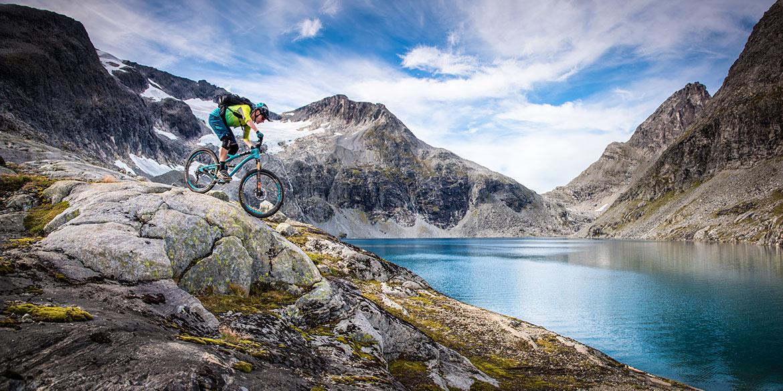 mountain bike tours - Norway glacier lakes