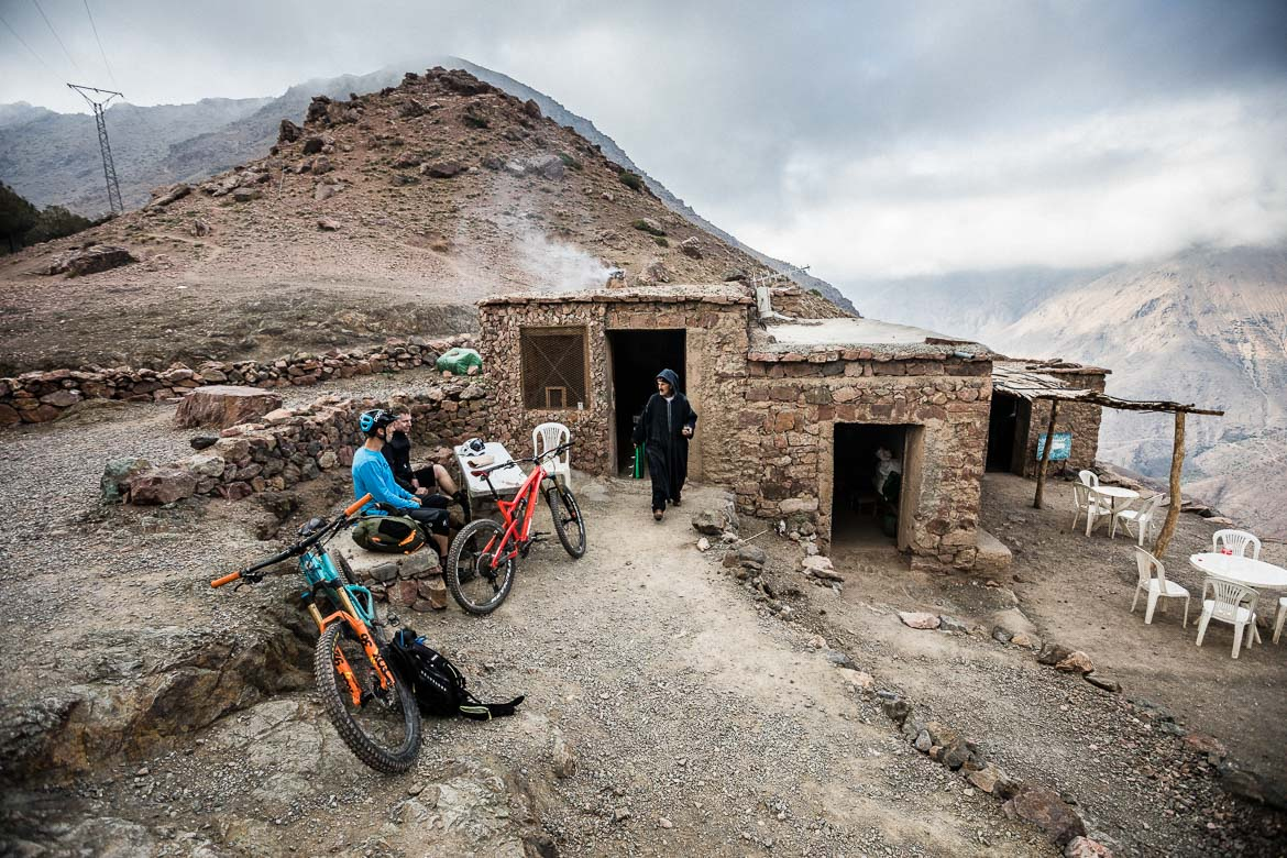 MTB tour Morocco in photos - tea break