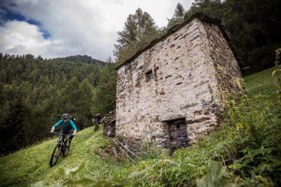 Yeti tribe gathering Switzerland - racing past the mountain refuge