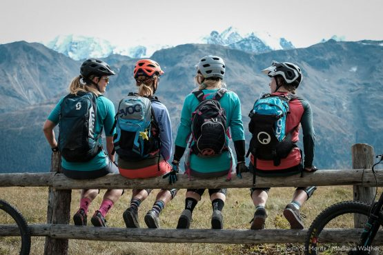 A group of mountain bikers like on the Beti Tribe Gathering Switzerland
