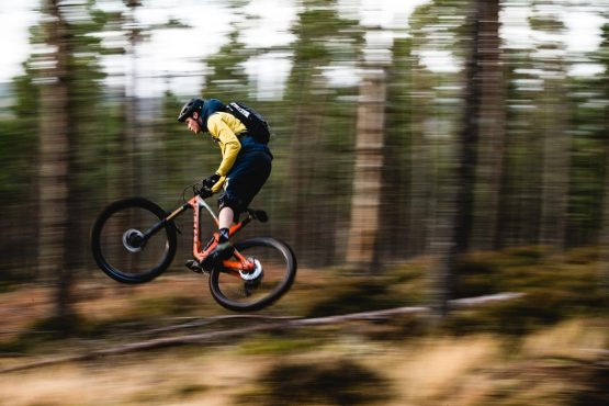Ride with Scotty Laughland - pan shot