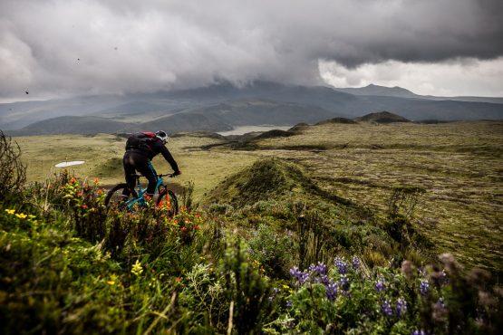 Riding Cotopaxi trails on our mtb tour Ecuador