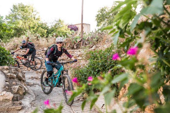 Mountain bike tour Spain - weaving through the whitewash villages