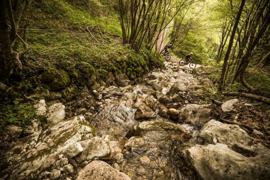 E-MTB tour of Slovenia mountain streams