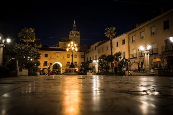 E-MTB tour of Spain historic town squares