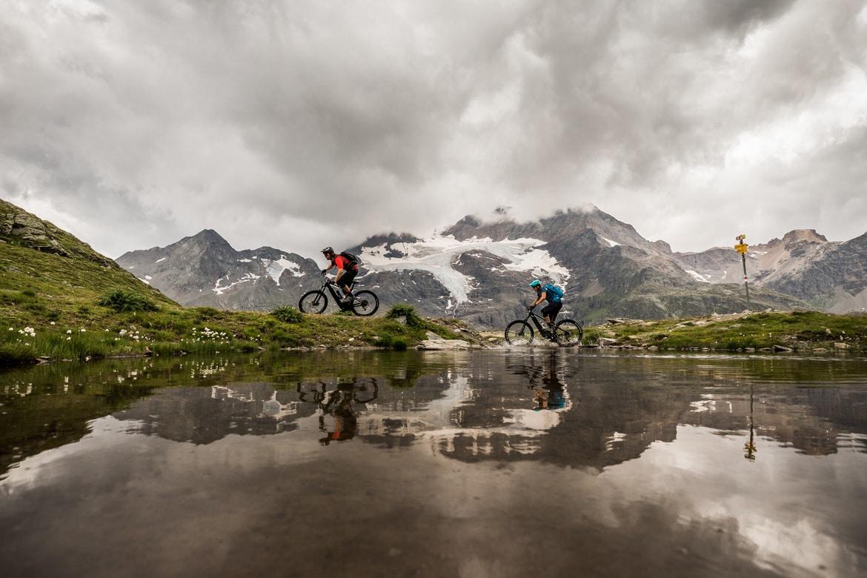 Mountain Bike Tours - E-MTB tours in Switzerland