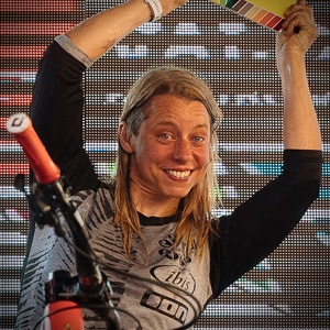 Mountain bike guide Finale Louise Paulin - victorious in Italy